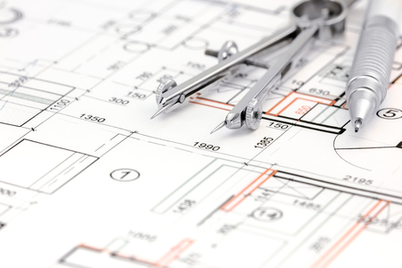 compas de dibujo: architectural drawings floor plan with  drawing compass and pencil