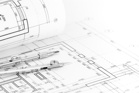 compas de dibujo: plan de piso laminado con el modelo y el compás de dibujo