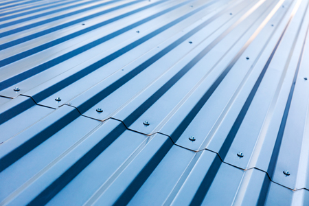 blue corrugated metal roof with rivets, industrial background 版權商用圖片 - 62787675
