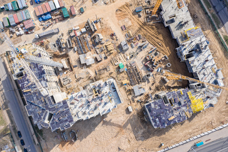 construction of new apartment buildings in city residential area. birds eye view Stockfoto