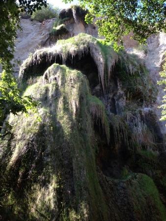 malibu: Waterfall in Malibu California.