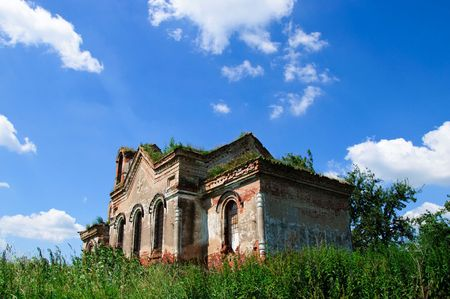 ruinous: the old ruinous church near Vitebsk Belarus Stock Photo