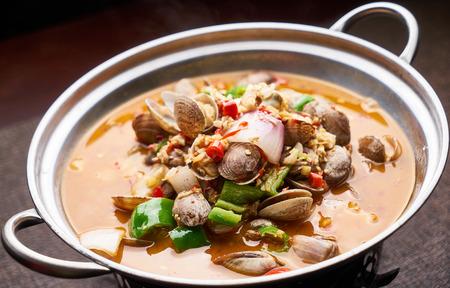 Home-cooked gourmet spicy mactra hot pot
