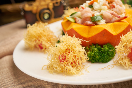 Seasonal vegetables fried shrimp