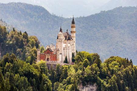 neuschwanstein: Castle Neuschwanstein in Germany