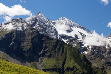 grossglockner: Fuchser Kar Kopf. High mountains, Grossglockner hochalpenstrasse Stock Photo