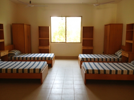 hostel: Empty four bedded sharing room for students Stock Photo