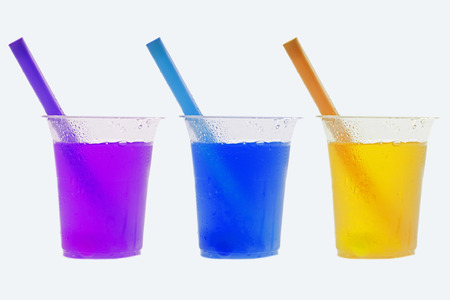 bebidas frias: Bebidas fr�as refrescantes coloreados