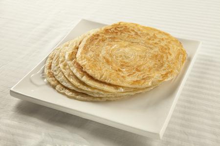 Plain puri paratha