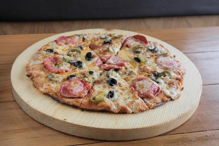 Pepperoni Flat bread Pizza Thin crust