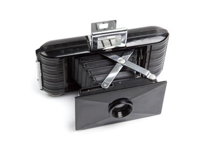 Ancien appareil photo mill�sime isol� sur un fond blanc avec chemin de d�tourage