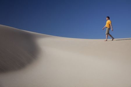 Man lost in African desert. Stock Photo - 5890326
