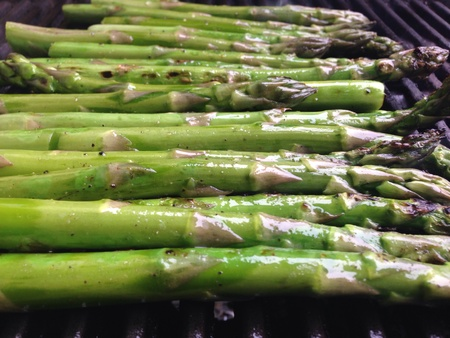 meatless: Grilled asparagus