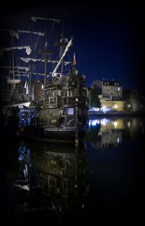 caravel: caravel at the night