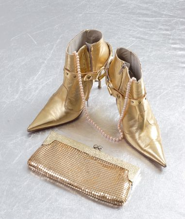 colden: colden boots and gold bag