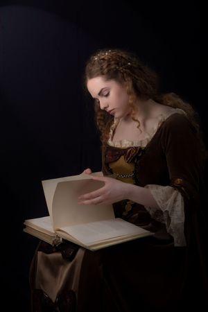 medieval dress: Retrato de ni�a de estilo de Renesaince como un paynting Foto de archivo