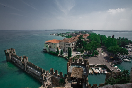 sirmione: Very beautiful lake with castle (Italy, Lake Garda)
