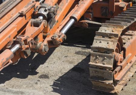 pile engine: caterpillar tracks