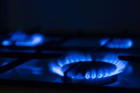gas cooker: Antorcha de una cocina de gas en la cocina