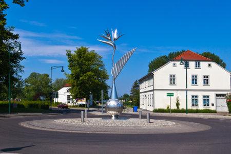 neustrelitz: Strelitzia on a roundabout in Neustrelitz
