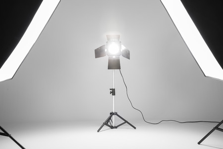 softbox: flash and softbox in a foto studio