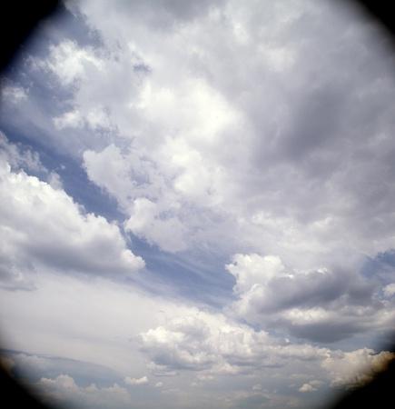vignetting: Vignetting cloudscape.
