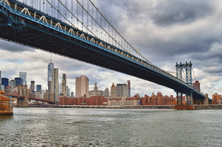 manhattan bridge: View of the Manhattan Bridge from Brooklyn.