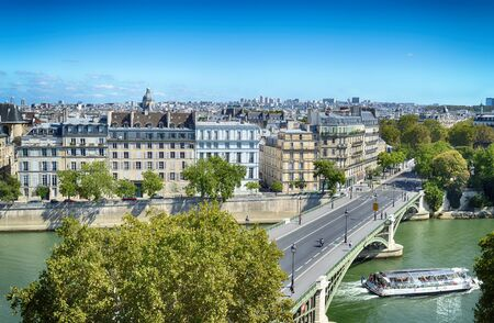 View of Paris at sunny day. Editöryel