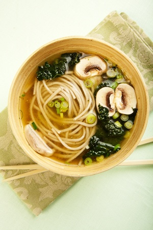 Black Tuscan Kale and Soba noodle in a vegetable broth with mushroom Banco de Imagens - 9206780