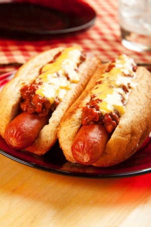 Perfect for the big game,  picnic, party or anytime, chili cheese dogs! Stock Photo - 9937206