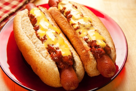 hot water: Perfect for the big game,  picnic, party or anytime, chili cheese dogs!