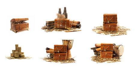 treasure chest: Treasure chest isolated on white background