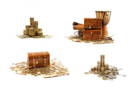 cofre del tesoro: Cofre del tesoro aislados en fondo blanco