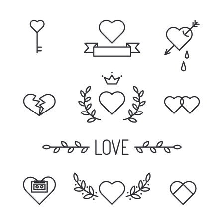 heart arrow: Set of lined hearts in tattoo style, vector