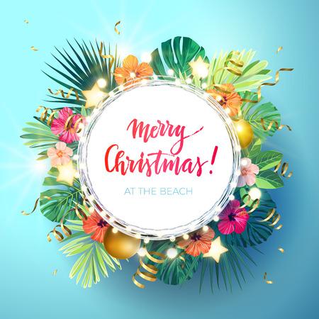 Weihnachten auf dem Sommerstranddesign mit Monsterapalmblättern, Hibiscusblumen, Weihnachtsbällen und Goldglühenden Sternen, Vektorillustration.