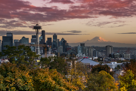 Skyline or Seattle, tasks from Kerry Park Editorial