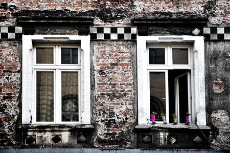 tenement: Spring is coming to an old house
