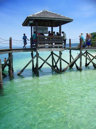 Pier, nahe Inseln Kota Kinabalu, Sabah, Malaysia
