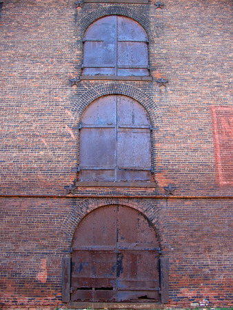Old industrial building in Empire-Fulton Ferry State Park, New York Stock Photo - 1365959