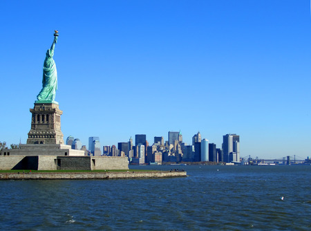 wtc: Statue of Liberty and lower Manhattan, Liberty island, New York
