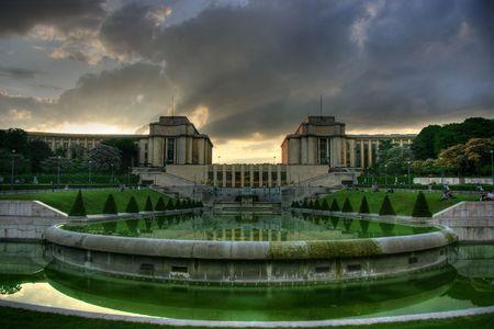 Paris, Trocadero beim Sonnenuntergang. HDR-Bild. Lizenzfreie Bilder