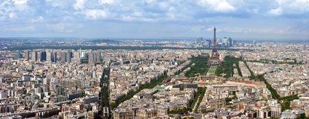 Paris aerial Panoramablick vom Montparnasse Turm über Champs de Mars und Eiffelturm.