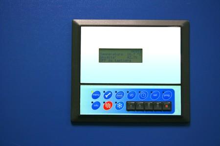 Industrie klimaanlage Kontrollen und Monitor