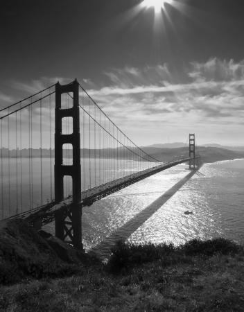 spencer: Golden Gate bridge and San Francisco seen from Battery Spencer, black and white