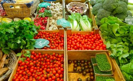 Gemüse für den Verkauf in einem Markt in Amsterdam, Niederlande