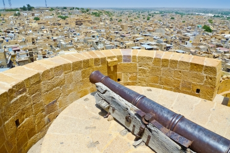 ramparts: Old cannon on the ramparts of Jaisalmer, Rajasthan, India Stock Photo