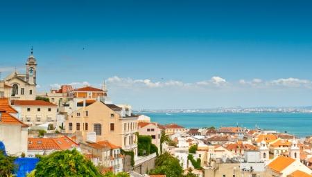 Bairro Alto ab dem Miradouro Belvedere de Santa Caterina, Lissabon, Portugal gesehen
