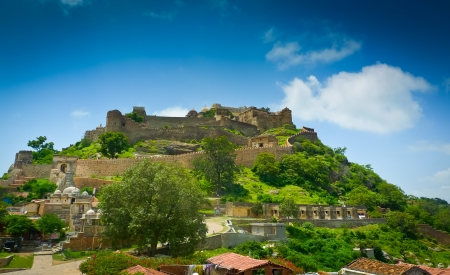 Ramparts and walls of Kumbhalgarh fort, Rajasthan, India photo