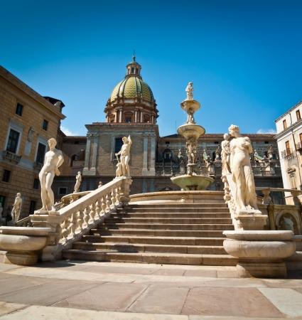 Piazza Pretoria or Piazza della Vergogna, Palermo, Sicily, Italy Stock Photo - 18800289