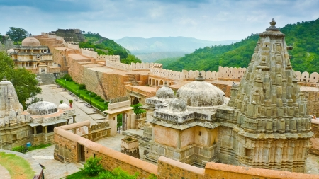 ramparts: Temples in  Kumbhalgarh fort, Rajasthan, India